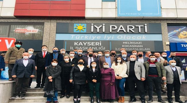 İYİ PARTİ'DE TOPLU ÜYE ORGANİZASYONU
